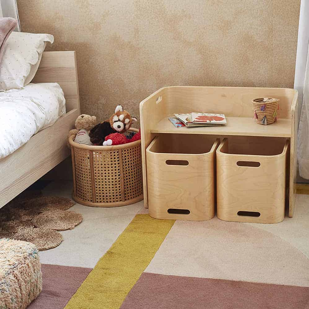 kid's table and two chairs next to a bed, perfect toddler furniture idea
